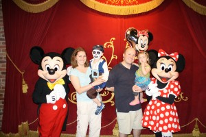 Evan, Bryan, Mindy and Madely with Mickey and Minnie